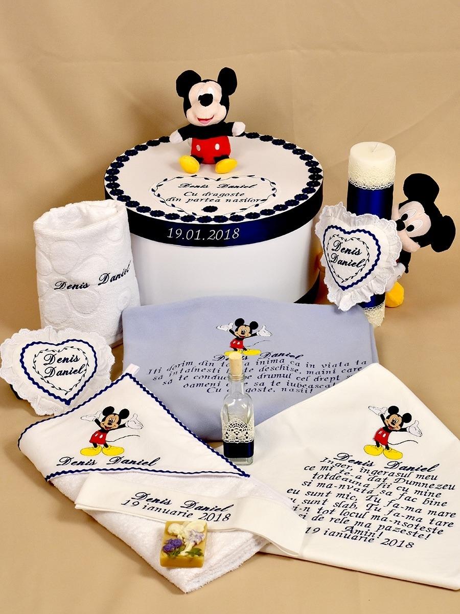Trusou de botez pentru baietei cu Mickey